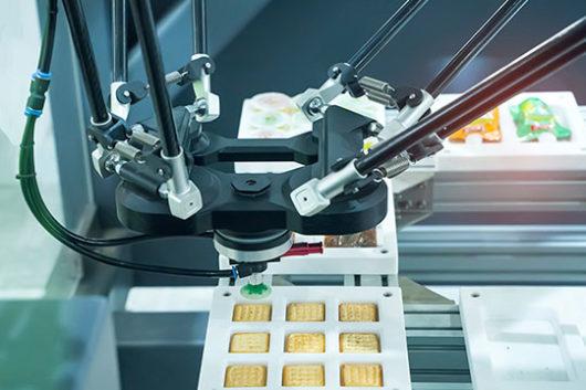AMR Teknoloji Toplama Robotu 3